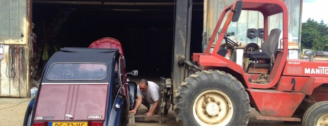 Boiling brakes, a forklift truck, a deux chevaux and a horse