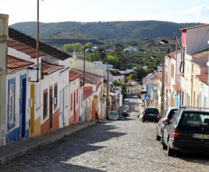 Down the hill from Silves