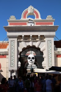 The Day of the Dead at Loule market