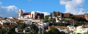 Up the hill to Silves