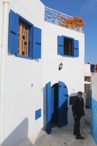 White, blue and a touch of red, Rabat kasbah