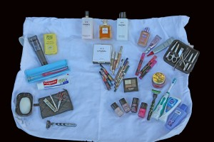 CLOTHES (TOILETRIES)
