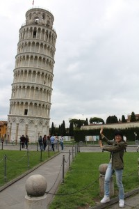 Leaning Tower photo-ops, still leaning